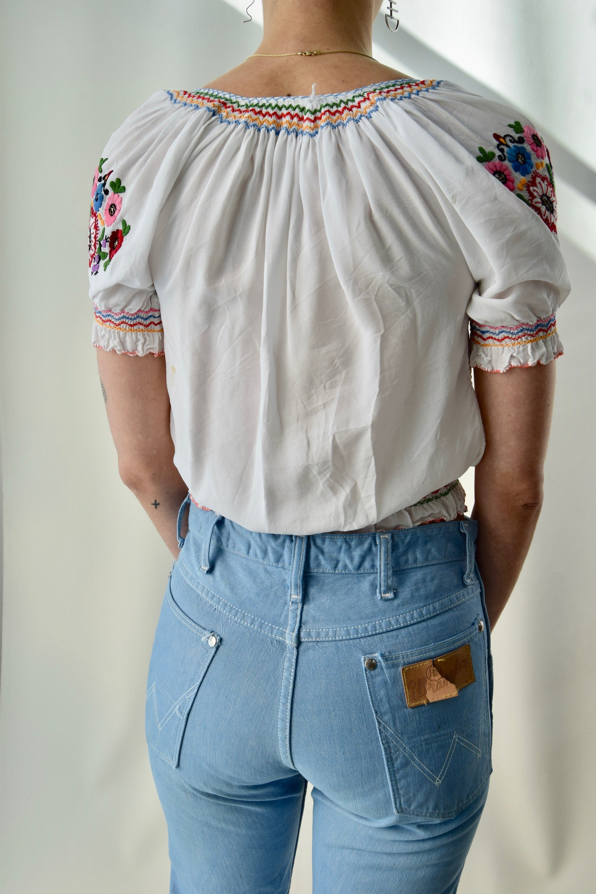 Vintage Floral Embroidered Peasant Blouse