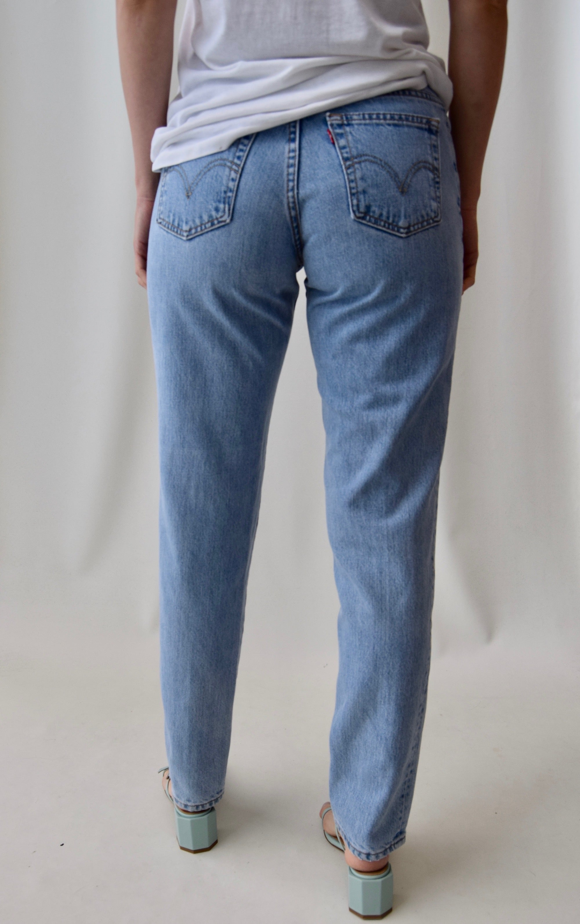 Light Wash Levis Relaxed 550 Jeans