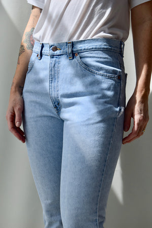Levis High Waist Light Wash Jeans