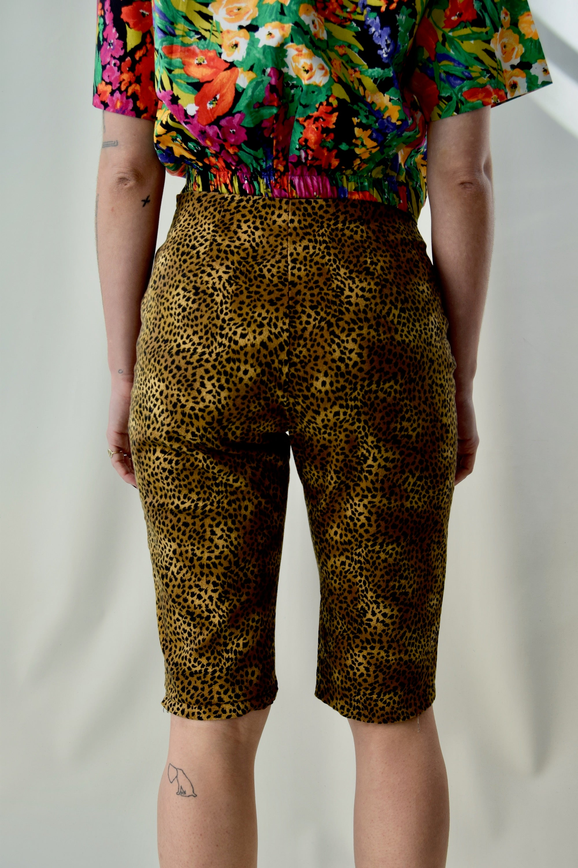 Vintage Animal Print Clam Digger Shorts FREE SHIPPING TO THE U.S.