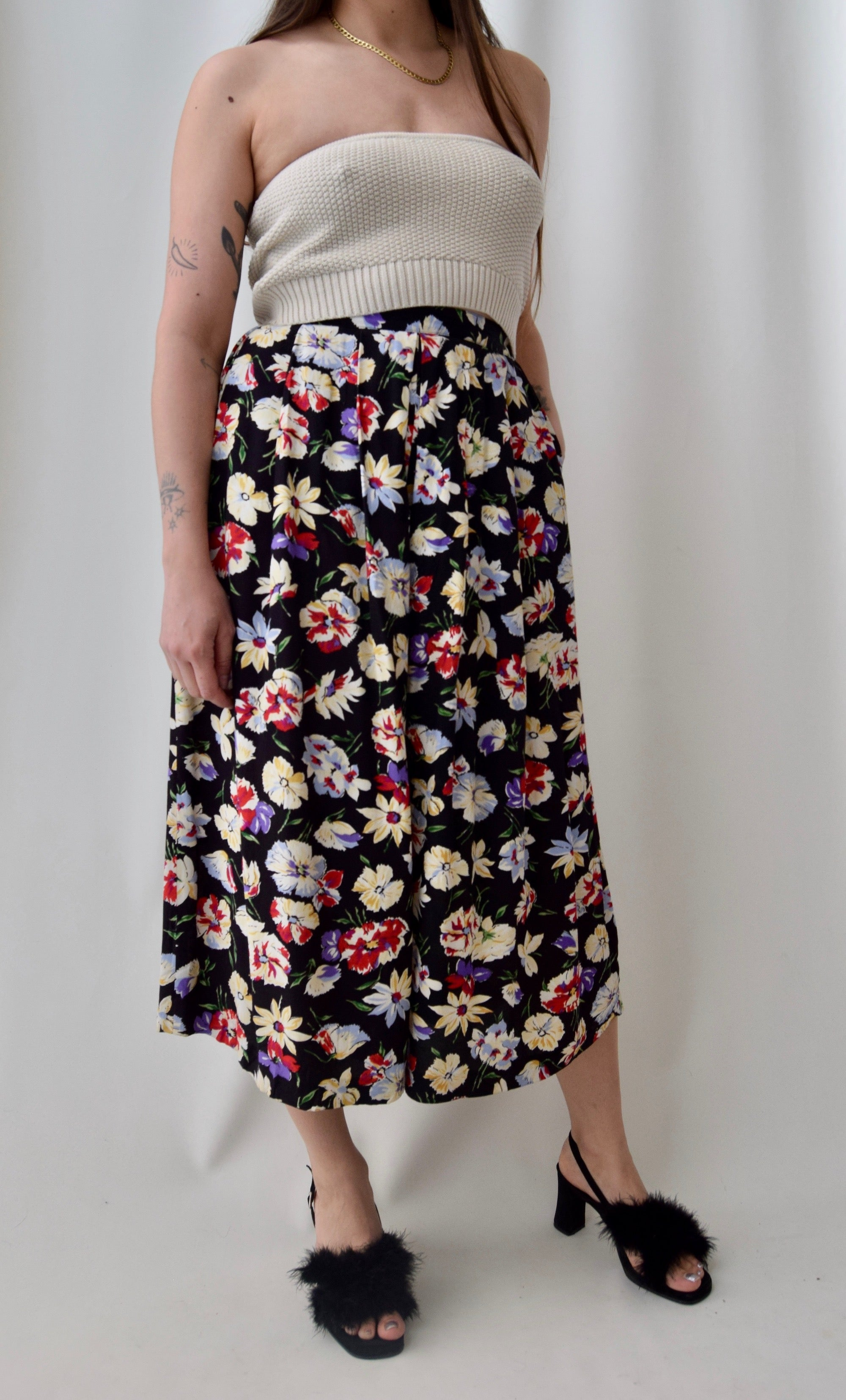 Pleated Floral Rayon Culottes With Pockets