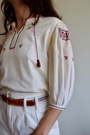 1970's Eastern European Embroidered Peasant Blouse FREE SHIPPING TO U.S.