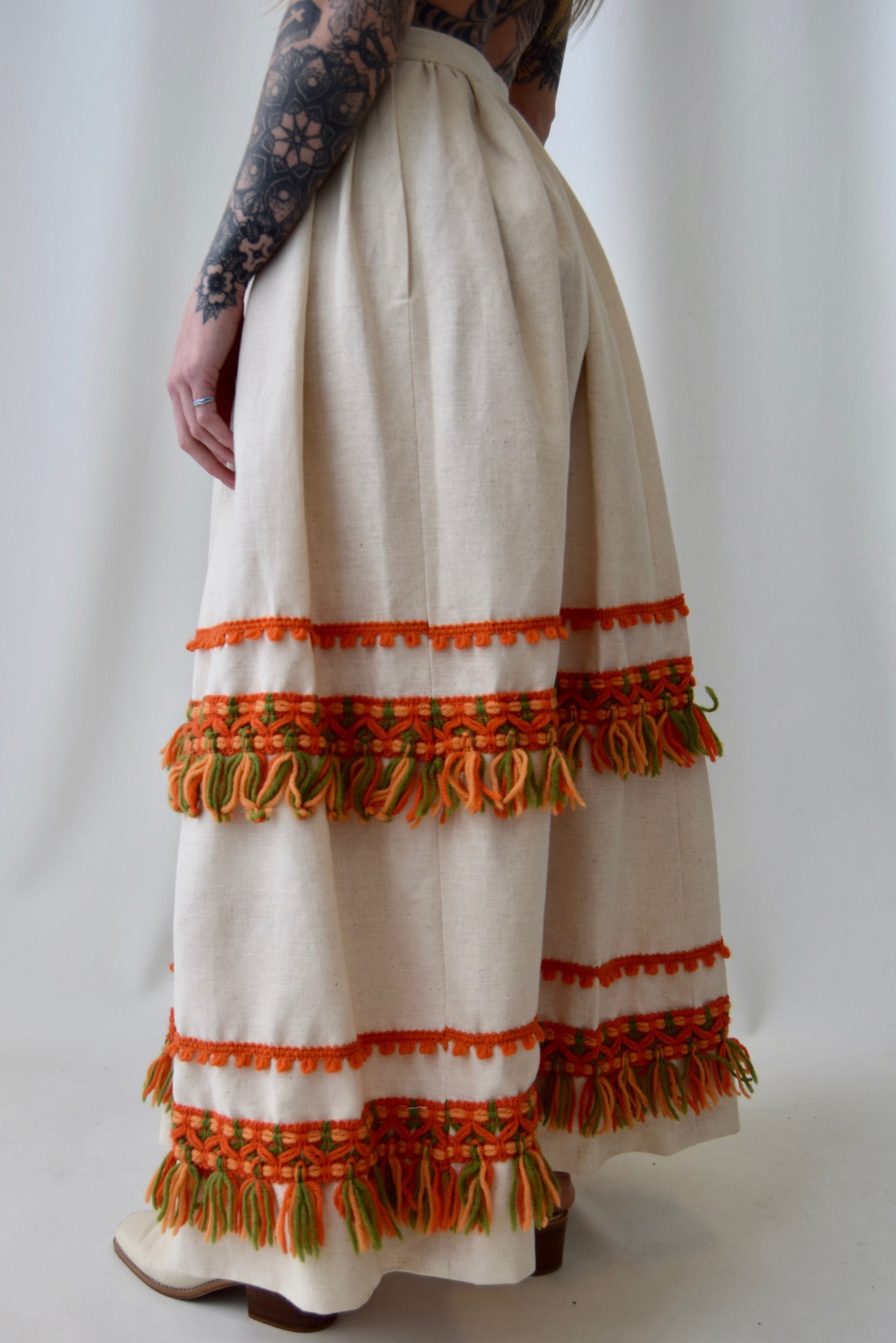 Linen Blend Yarn Embroidered Maxi Skirt