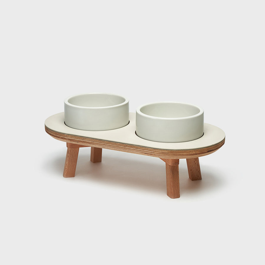 elevated dining set for dogs