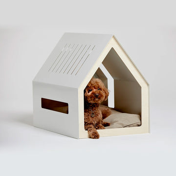 Porvoo dog house by Bad Marlon