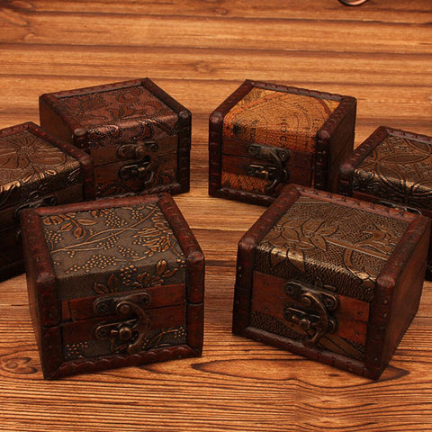 Vintage Small Wood Flower Coin Pattern Box Jewelry Bracelet Storage Holder  Makeup Organizer Box Jewelry Treasure Chest Case