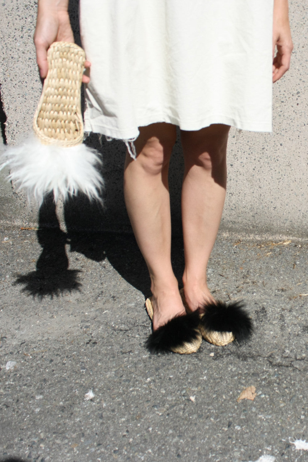 FOLK FORTUNE BLACK LAMBS FUR SLIPPERS