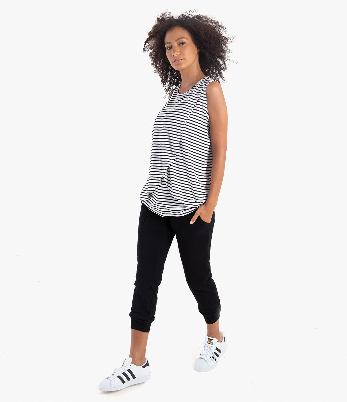 VERY VERSATILEPerfect for lounging or errands, a must-have staple for your wardrobe.