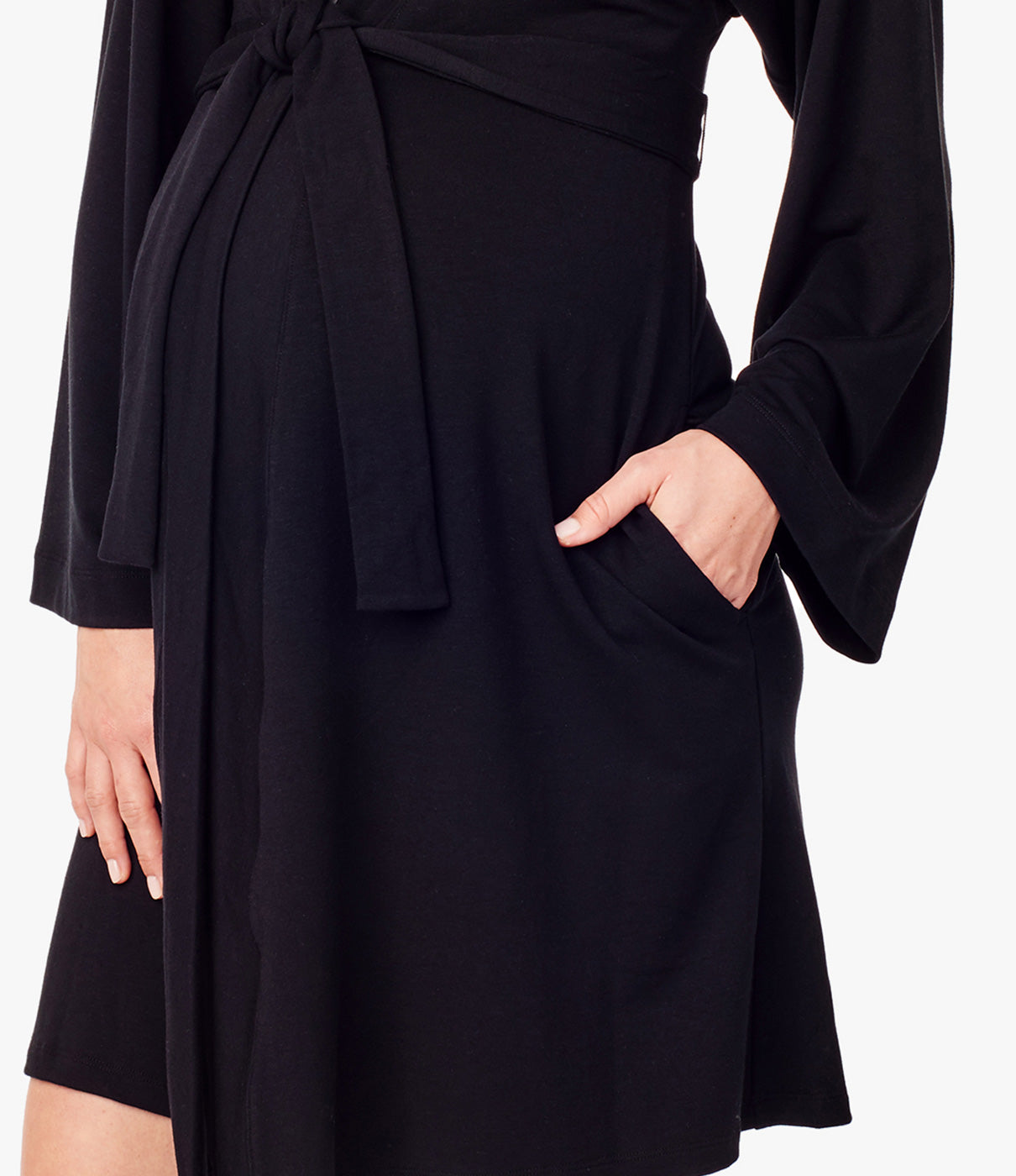 IN THE DETAILSRobe has kimono sleeves, pockets at hips and ties at the waist for a cozy and flattering fit