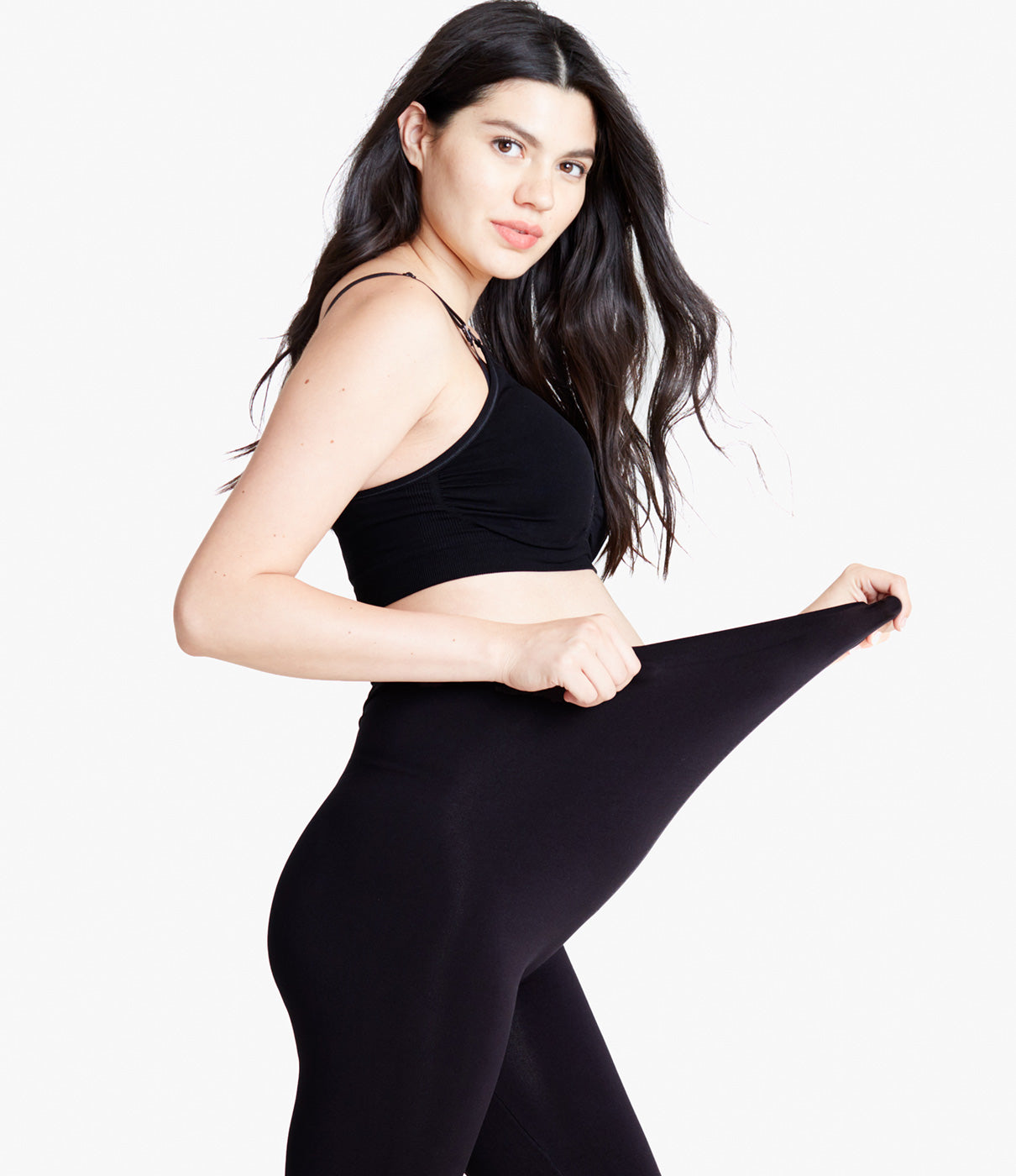 SEAMLESS BELLY LEGGINGSSoft, versatile leggings that can layer with tunics, tops and skirts. Ultra-soft seamless knit with 360° stretch is seam/tag-free for ultimate comfort.