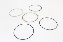 Load image into Gallery viewer, Wiseco Replacement Piston Ring Set FLT 1999/2006 FXD 1999/2006 FLST 1999/2006 FXST 1999/2006
