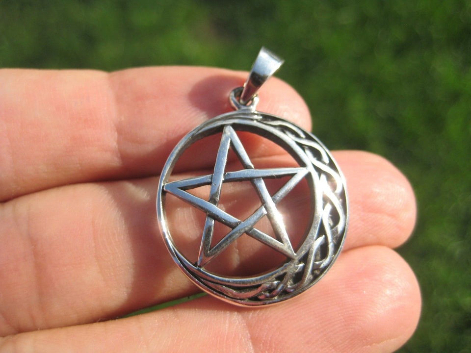 925 Sterling Silver Star and Moon Wicca Pentagram Pendant Necklace A35