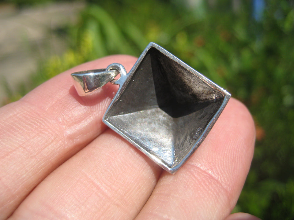 925 silver Egyptian Pyramid pendant necklace A16