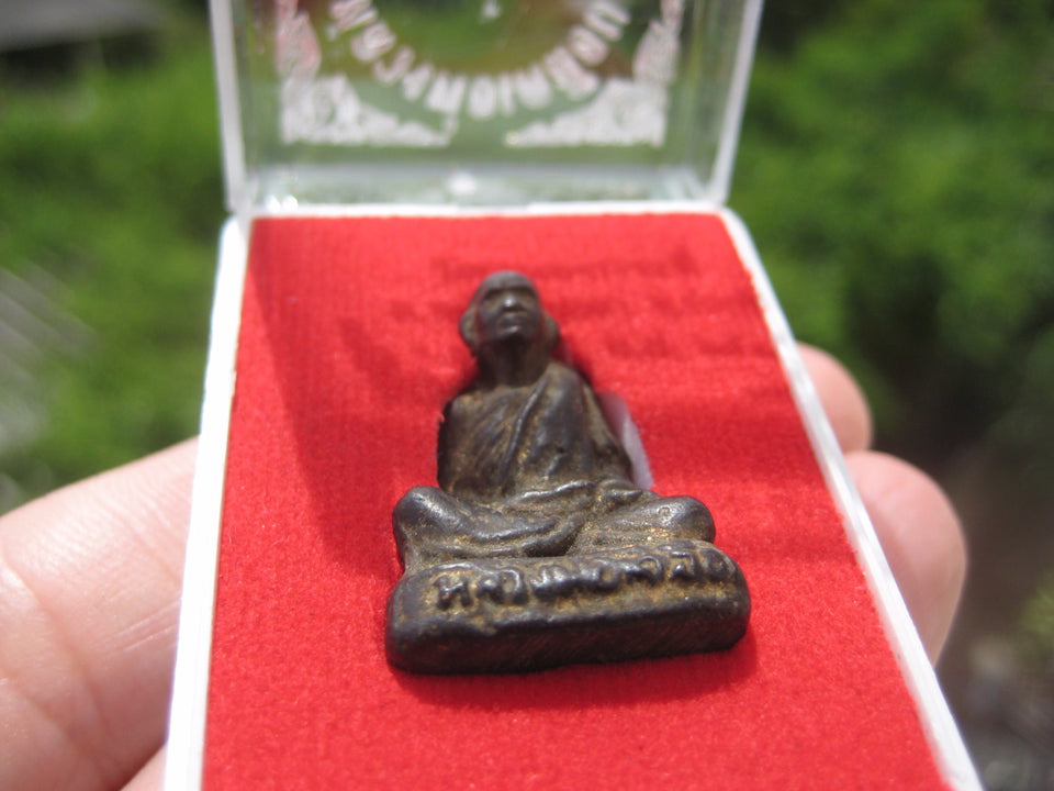 Metal Monk Buddha Good luck figure Thailand Amulet ED500