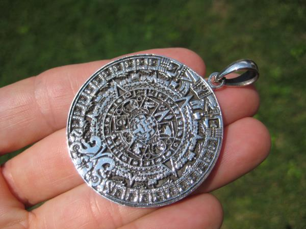925 Sterling Silver Maya Mayan Calendar Mexico Pendant Necklace
