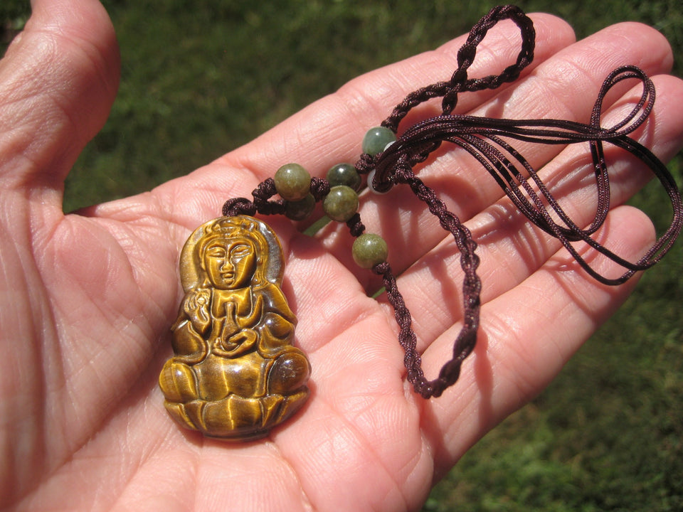 Natural Tiger ( Tigers ) Eye  Kuan Yin Pendant Jade Necklace A24268