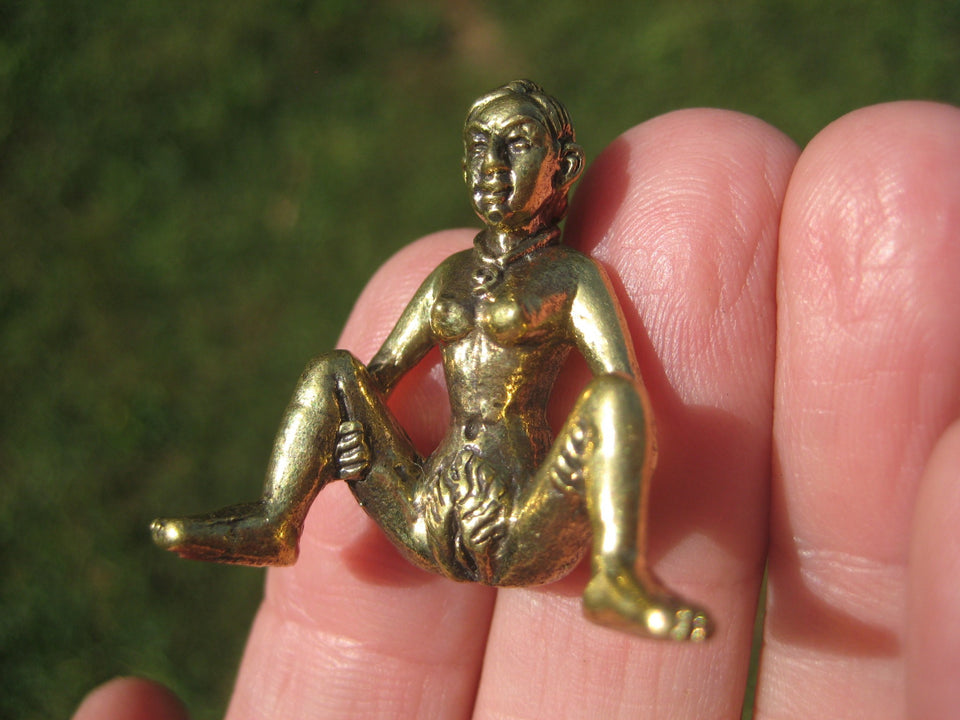 Set 2 Lady and Man Buddhist Blessing Amulet Statue Pendant A2754