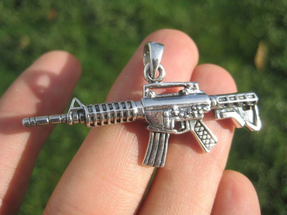 925 Sterling Silver Machine Gun M-16 AK-47 Pendant Necklace Thailand