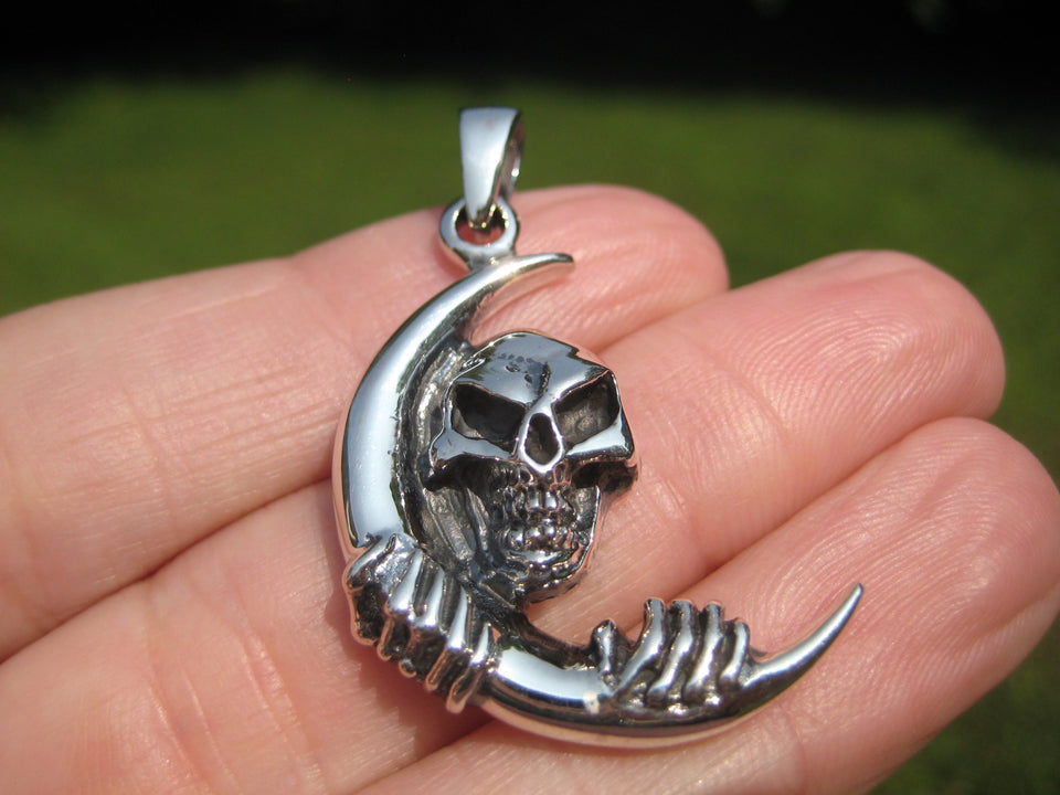 925 Silver Skull and Moon Pendant Necklace Thailand Jewelry Art A6377