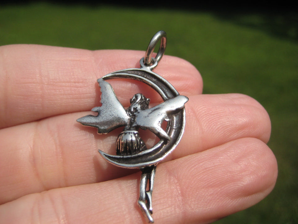 925 Silver Fairy On Moon Pendant Necklace Thailand Jewelry Art A432