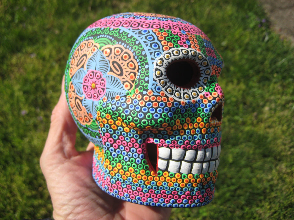 Ceramic Painted Skull Day of The Dead Pinta de Agua Taxco Mexico A73385