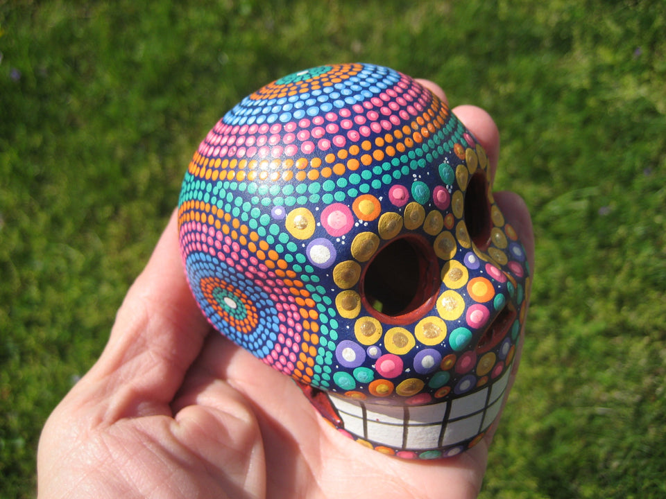 Ceramic Painted Skull Day of The Dead Pinta de Agua Taxco Mexico A6733