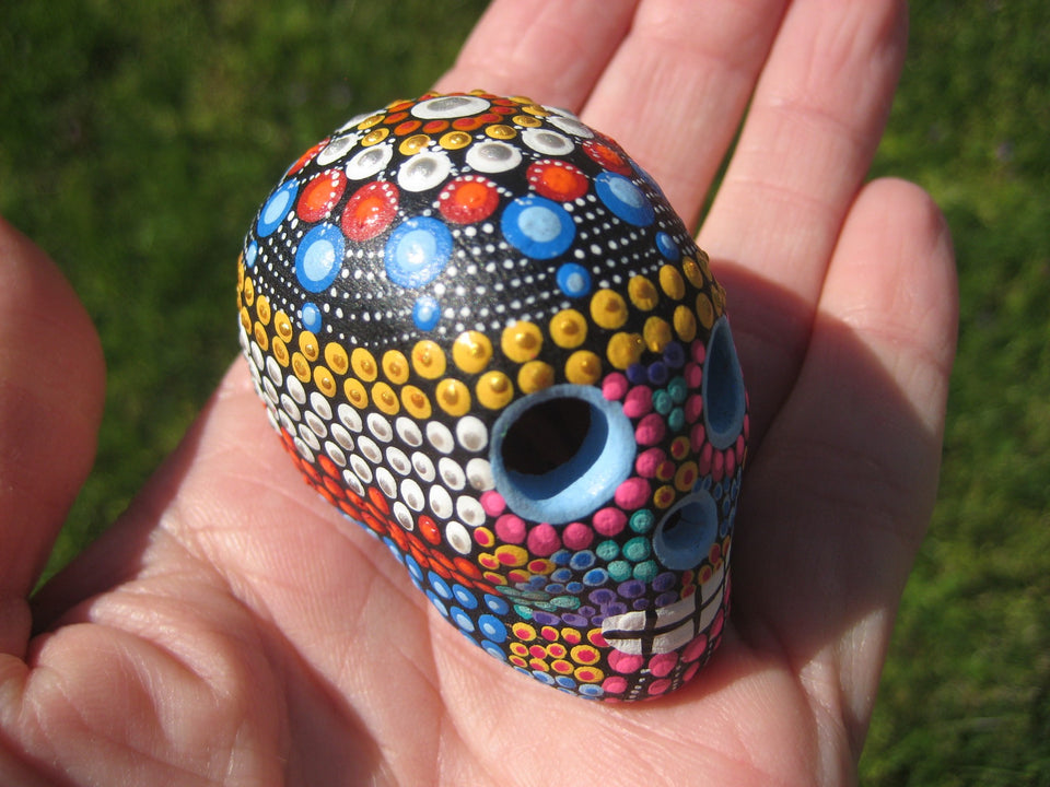 Ceramic Painted Skull Day of The Dead Pinta de Agua Taxco Mexico A27445