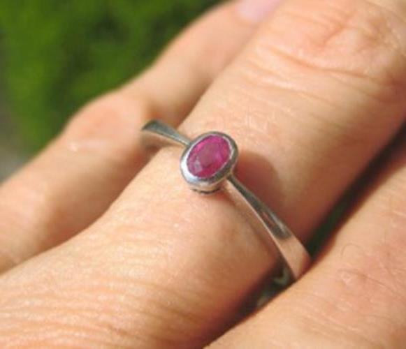 925 Silver Thailand natural Ruby Ring Size 7 A N6344