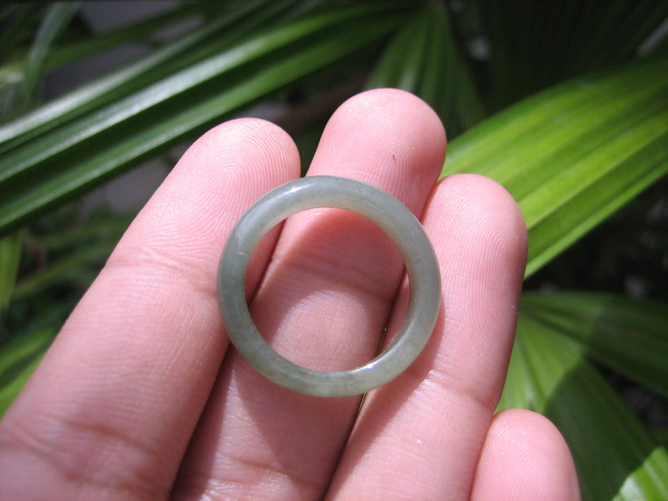 Natural Jadeite Jade ring Thailand jewelry stone mineral size  7 US   E 59178