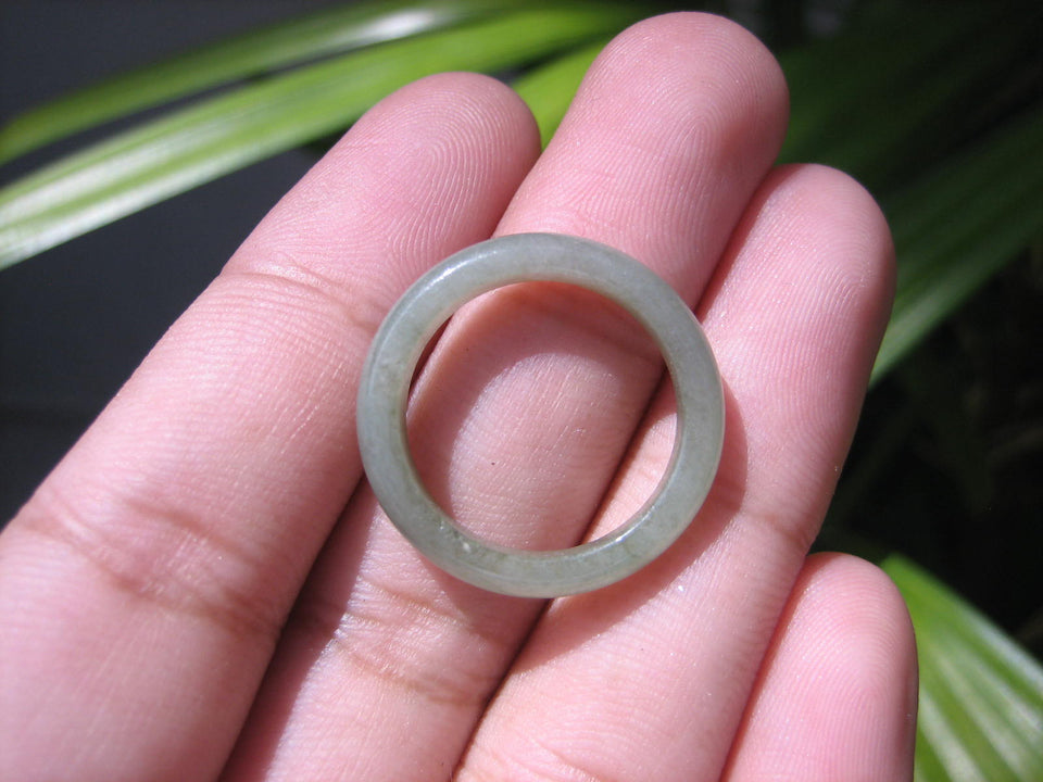 Natural Jadeite Jade ring Thailand jewelry stone mineral size  7 US   E 59190