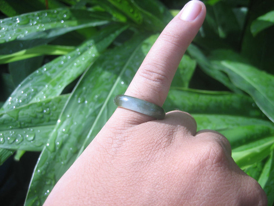 Natural Jadeite Jade ring Thailand jewelry stone mineral size 7 US   E 5986