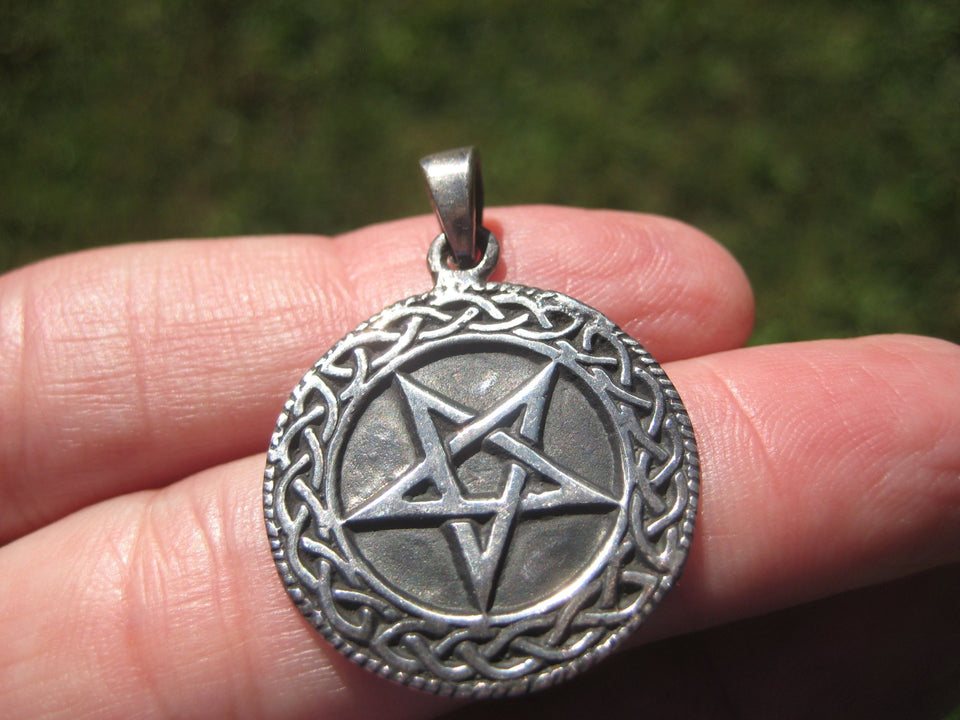 925 Silver Inverted Pentagram Pentacle Pendant  A2776