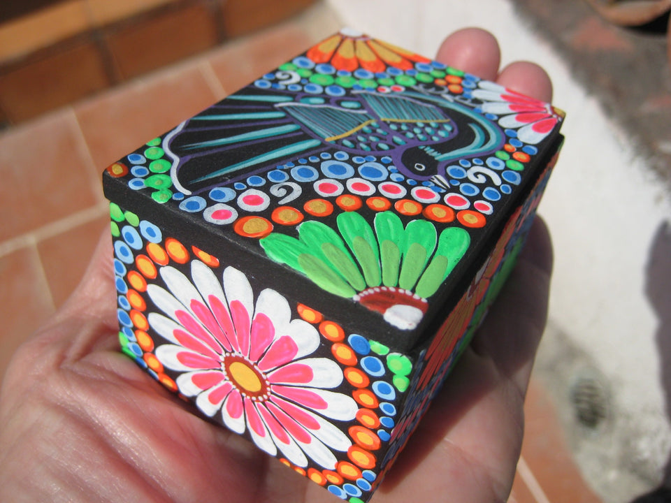 Native Mexican Indian  Artist Wood Jewelry Box Taxco Mexico A6399