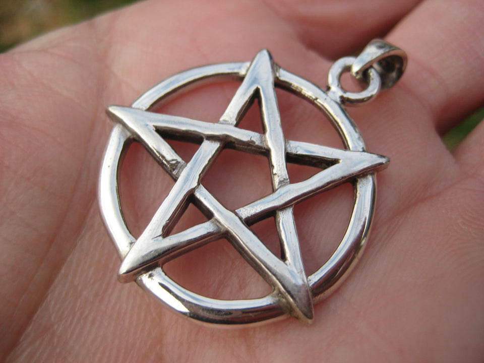 925 Silver Inverted Pentagram Pendant Thailand A3844