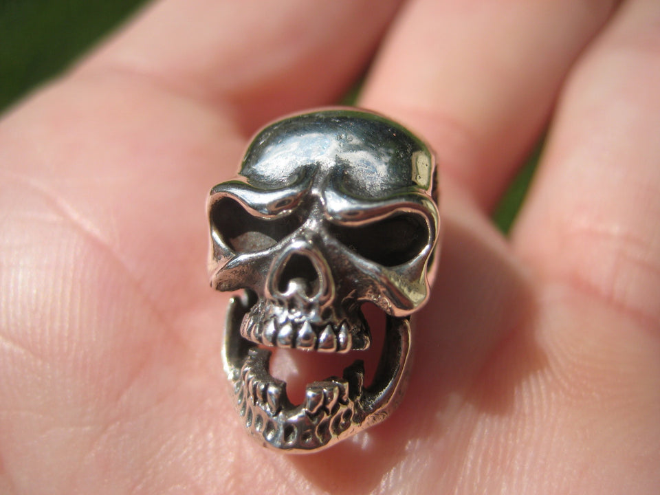 925 Silver Skull Missing Tooth Pendant Necklace A2842