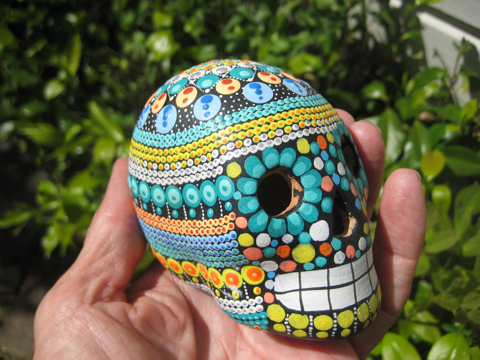 Ceramic Painted Skull Day of the Dead Taxco Mexico A5387