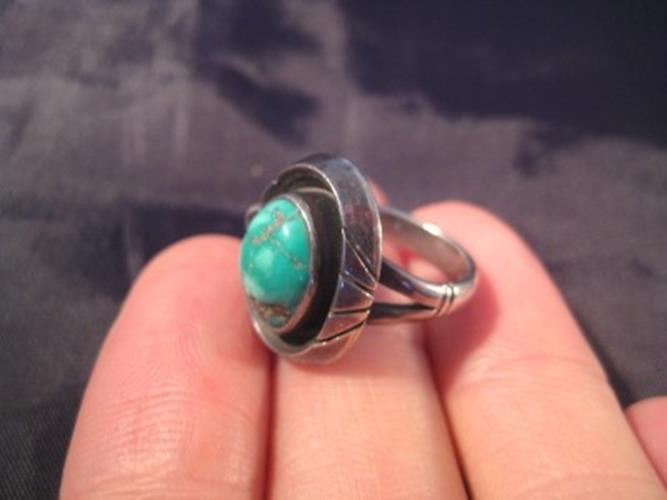 925 Silver Tibetan Turquoise crystal stone Ring jewelry art Size 3.25 N389