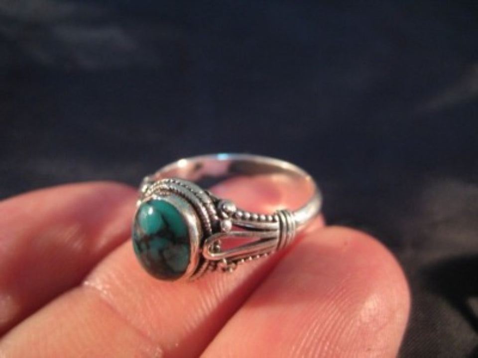 925 Silver Tibetan Turquoise stone Ring jewelry Nepal Size 6.5 US  A399