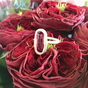 Besel Lolly Ruby Ring