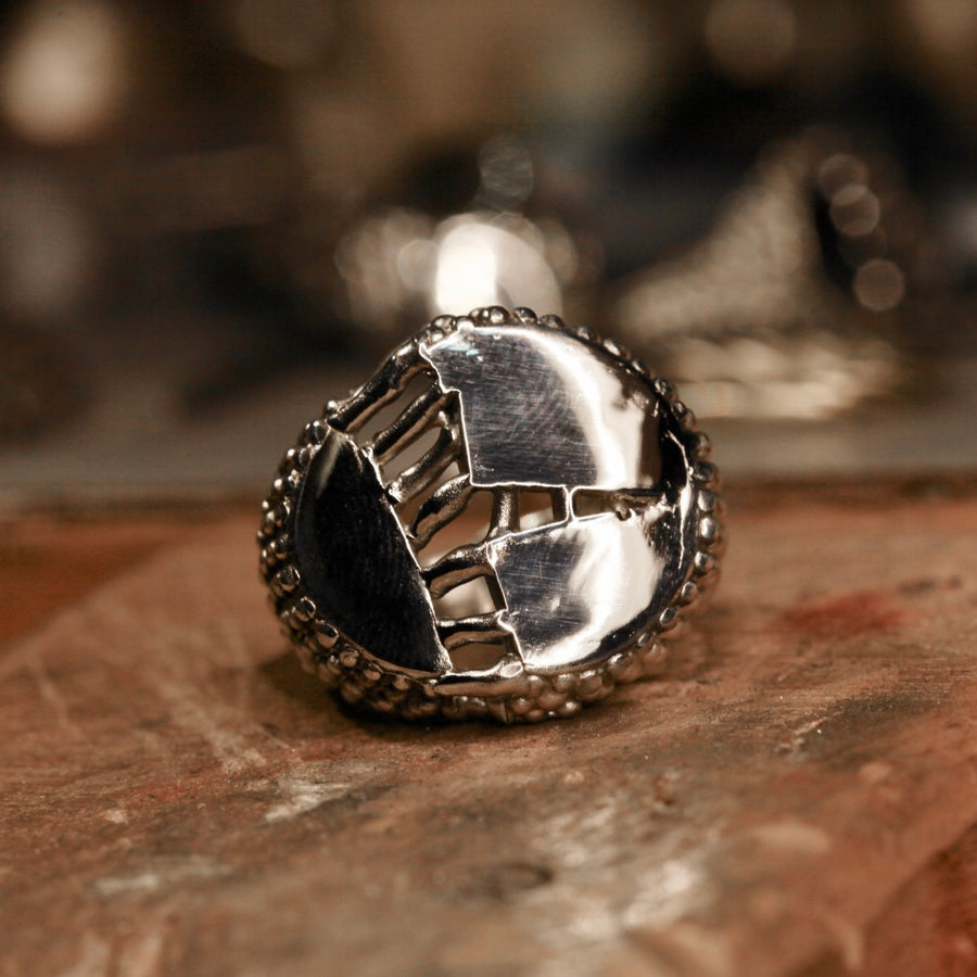 Stitched Large Signet Ring