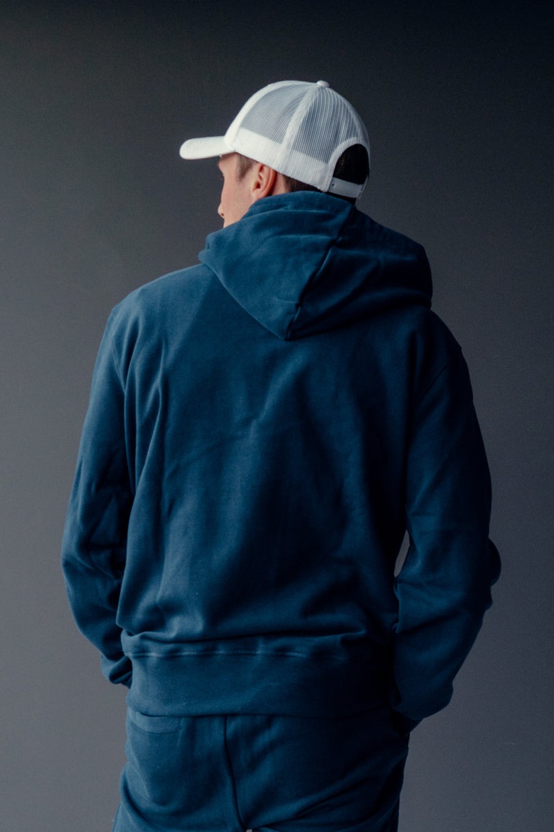 THE CLASSIC HOODIE // NAVY BLUE