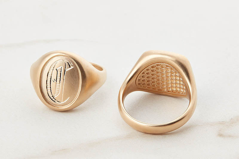 Oval Signet Ring with Honeycomb Back
