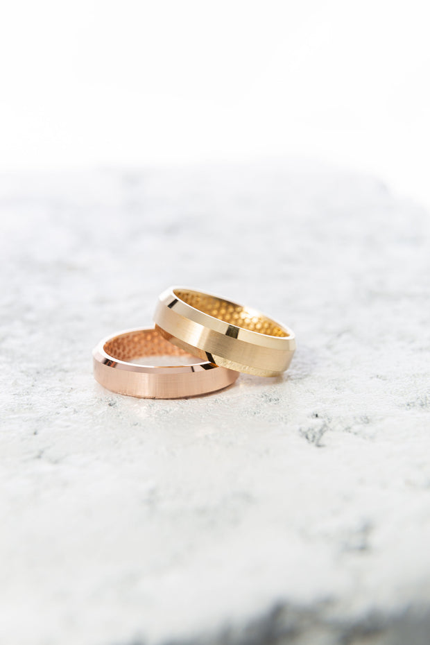 Men's Beveled Edge Gold Rings