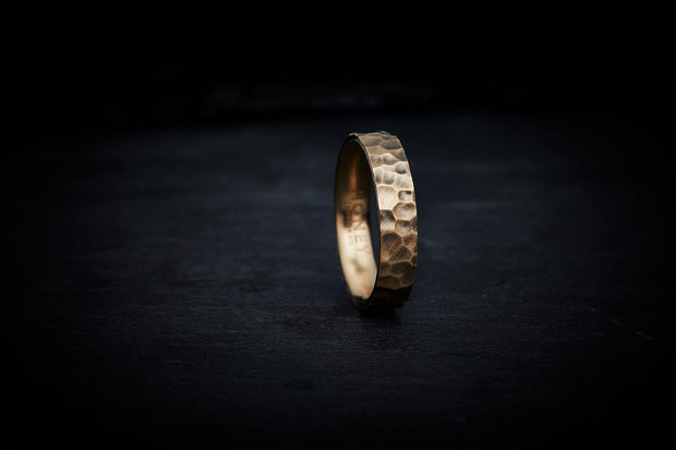 Men's Hammered Gold Wedding Band - 5mm