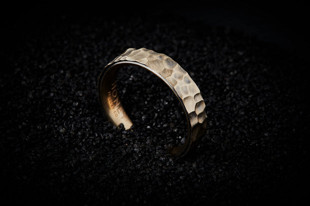 Men's Hammered Wedding Band - 5mm