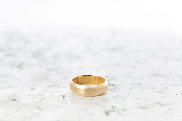 Men's Beveled Gold Wedding Band