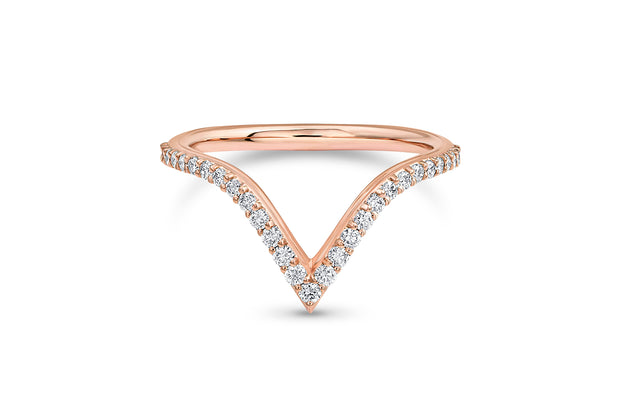 V Shaped Wedding Band with Round Diamond in Rose Gold