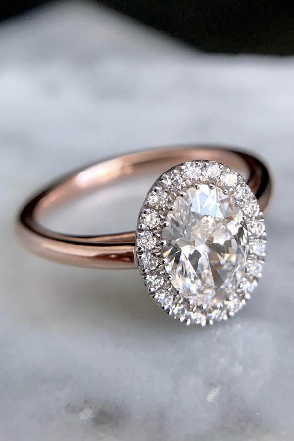 Oval Engagement Ring with Zero-Gap-Halo