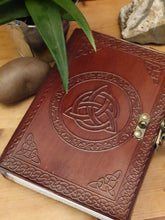 Load image into Gallery viewer, Leather Triquetra Journal