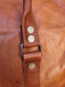 Handmade Leather overnight bag. www.karmaripon.co.uk